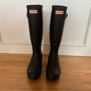 Hunter Original Tall Rain Boats w/ Boot Socks